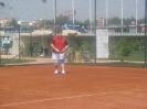 Хотел участвовать в теннисе
